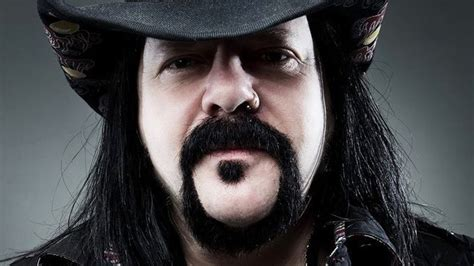 VINNIE PAUL - First Photos Of Final Resting Place Revealed