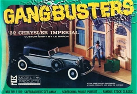 "1932 Chrysler Imperial ""Gangbusters"" (3 'n1) Stock, Police"