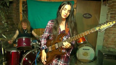 """Queen """"I Want It All"""" solos by Eva Vergilova - YouTube"""