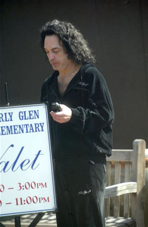 Paul Stanley Photos Photos - Cell Phones 2003 - Zimbio