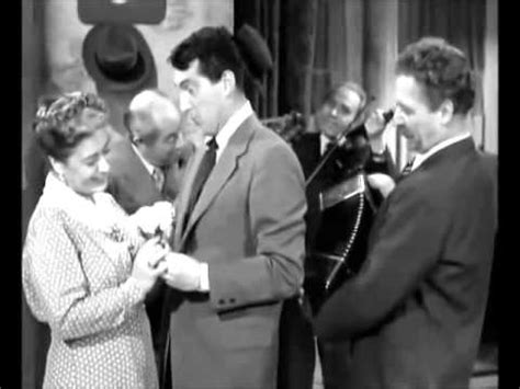 Dean Martin feat Jerry Lewis Thats amore - YouTube